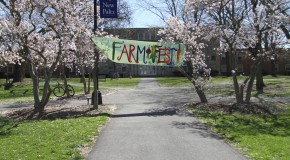 """Farm Fest"" sign hanging on the Old Main Quad. Photo by Gabriela Jeronimo."