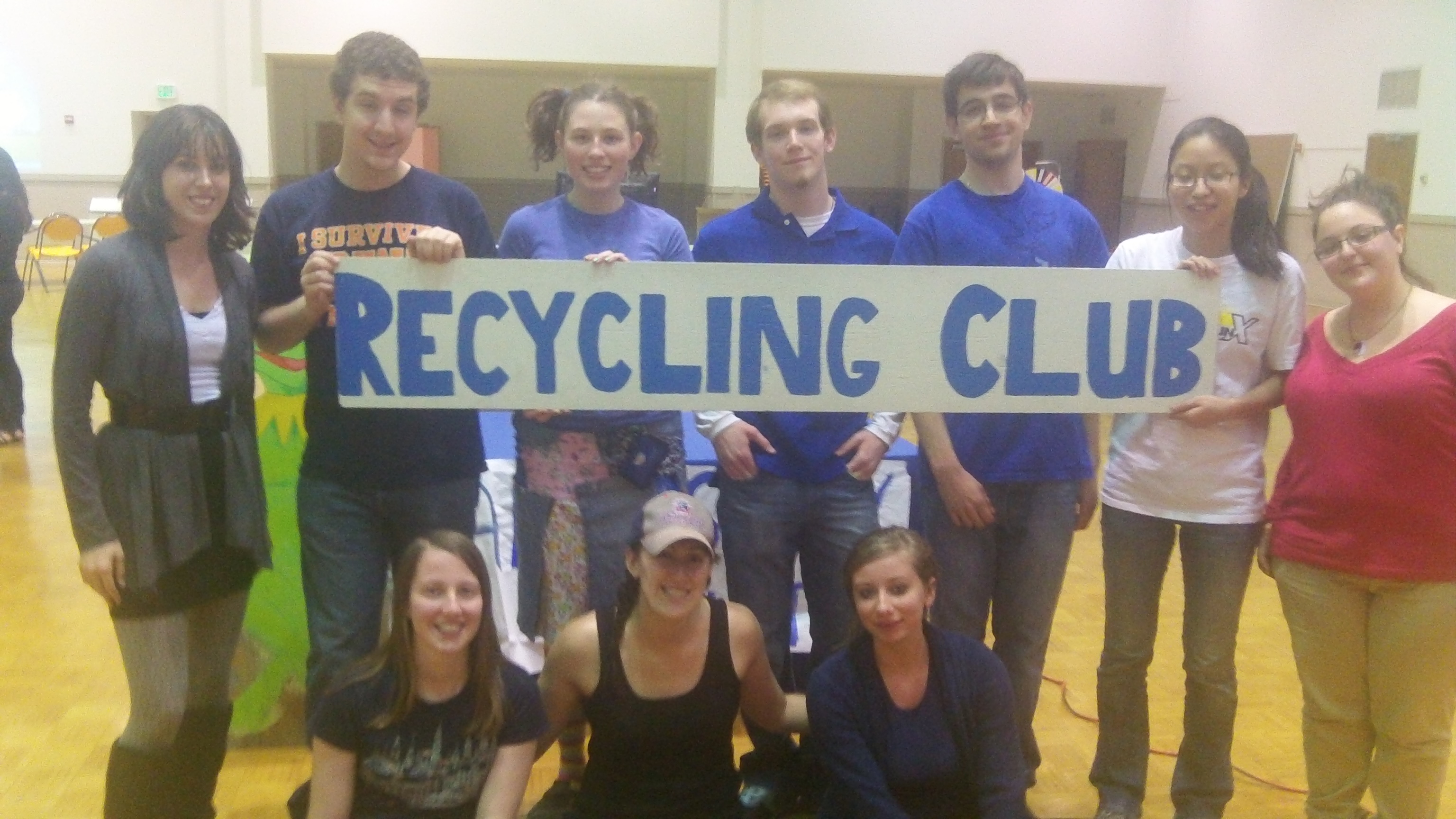 Members of SUNY New Paltz's Recycling Club. Photo by Bianca Mendez.