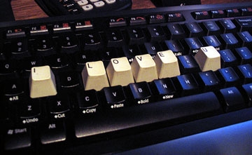 The Keys to Love. Photo by flickr user Sontra (Steven Orr)