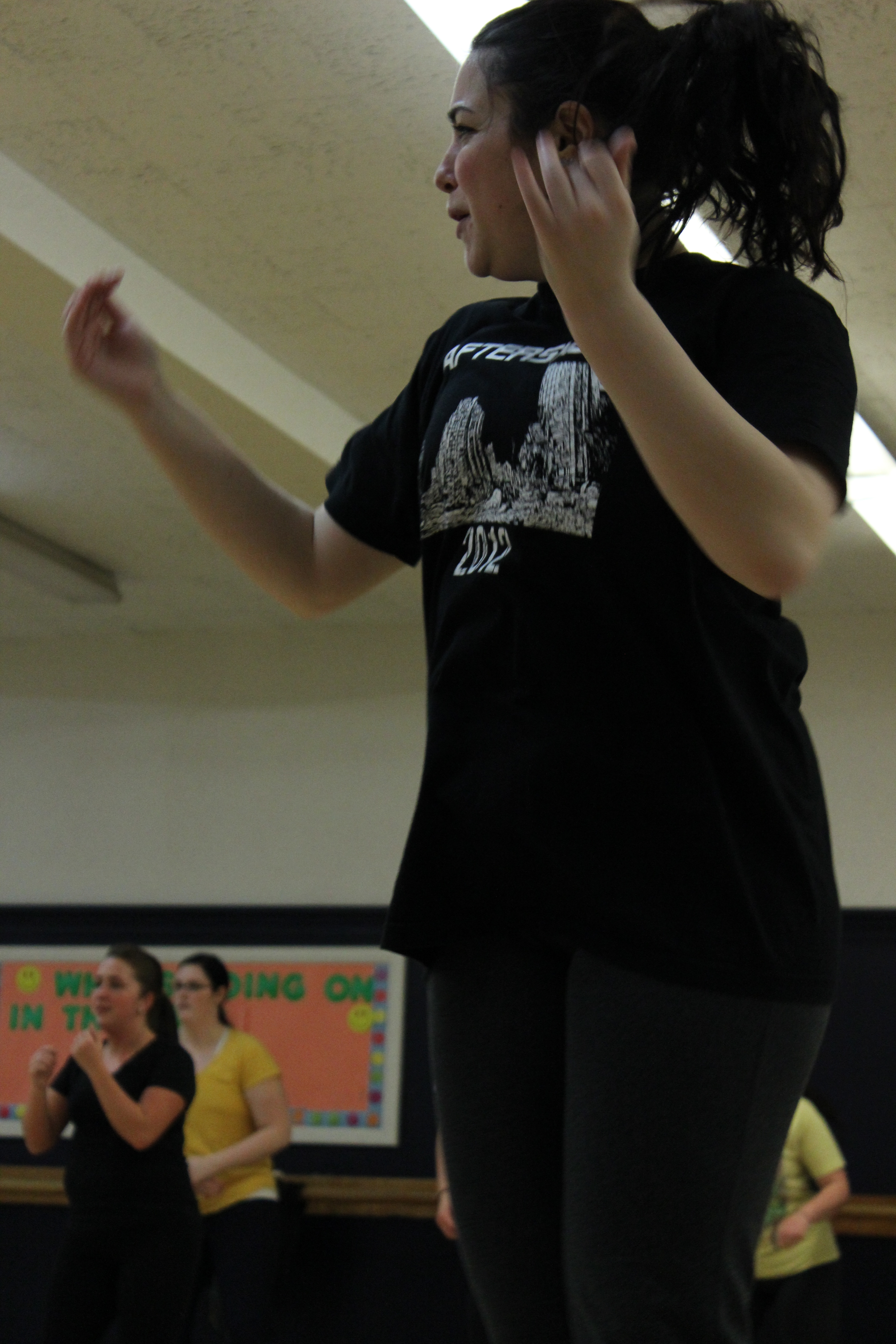 A student feeling the burn during zumba class. Photo by Kate Bunster.