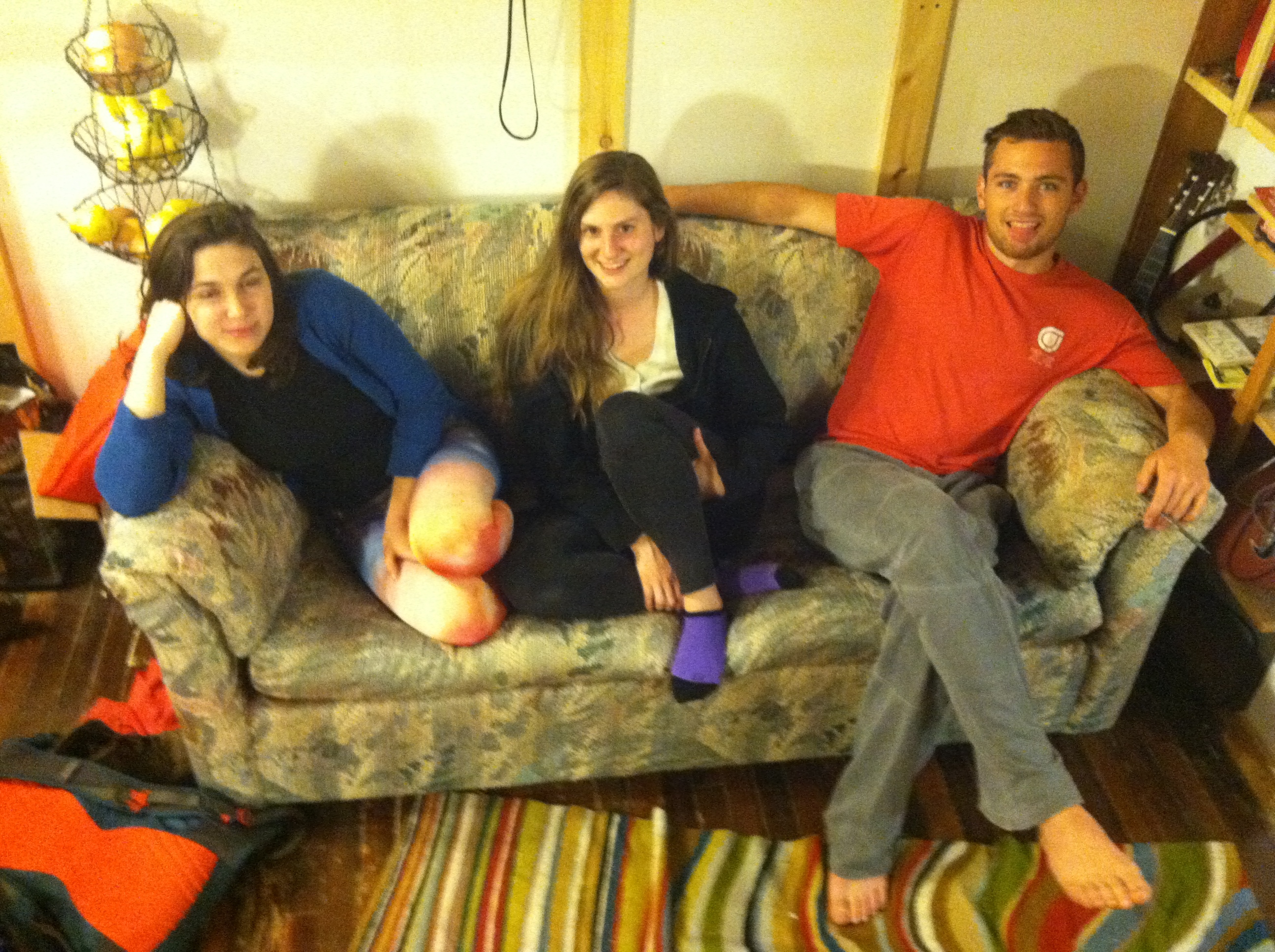 New Paltz Students Find $40K in a Couch