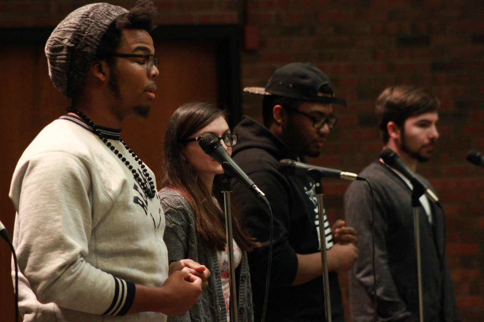 Poetry Slam Draws Crowds, Acclaimed Poets