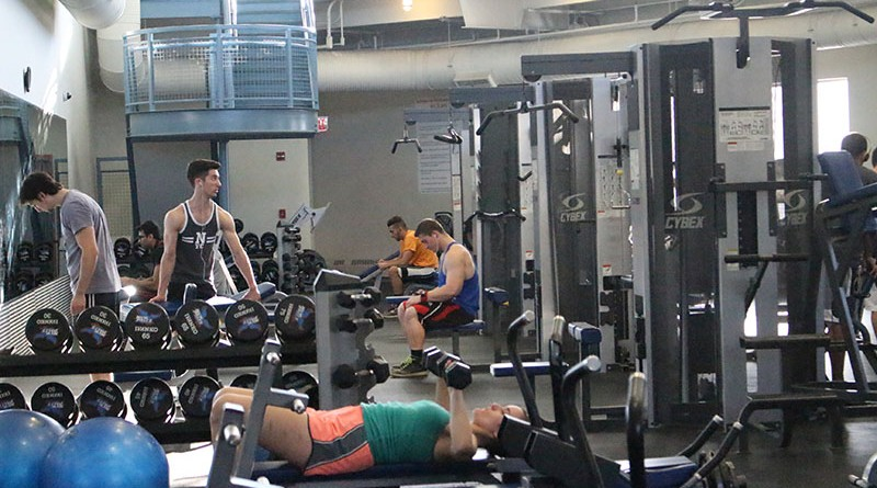 How to Stay Fit in College