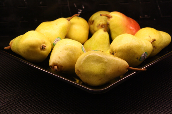 All pears served on campus are from local distributors. Photo by Courtney Moore.