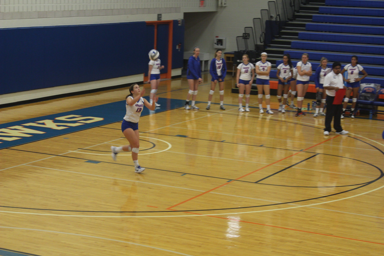 SUNY New Paltz Woman's Volleyball Team Beats Williamsburg Ephs 25-22