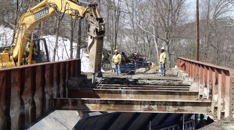 Mohonk Replaces Aging Bridge at Popular Trailhead