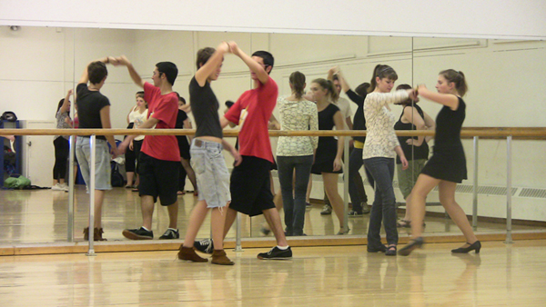 Dance Club Swings Into SUNY